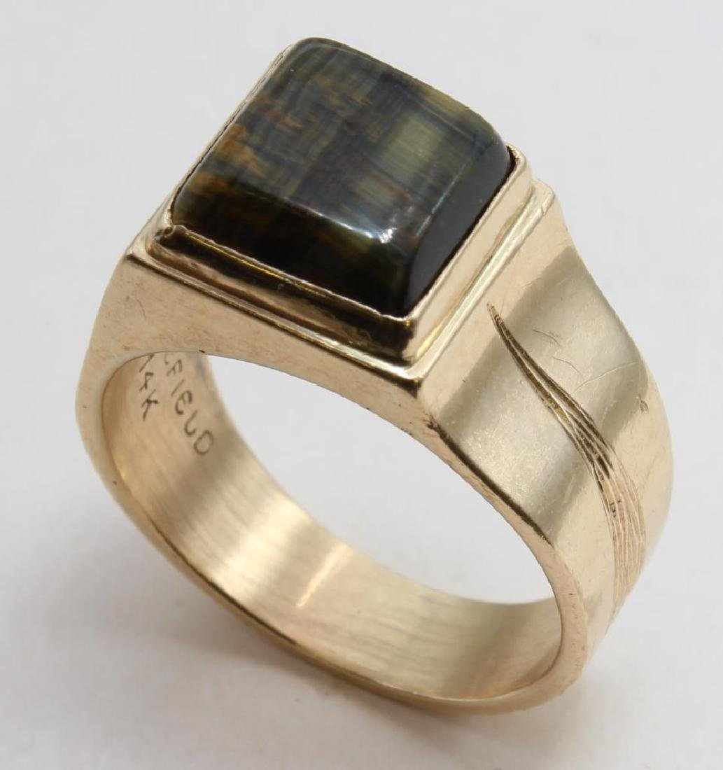 RING. TIGER EYE. 14K YELLOW GOLD