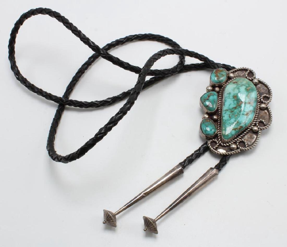 BOLO TIE. TURQUOISE. STERLING SILVER. HH