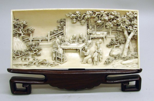 4005: Chinese Carved Ivory Wristrest of Qing Dynasty