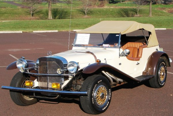 1004: Kit Car:  Classic Motor Carriage 1929 Gazelle