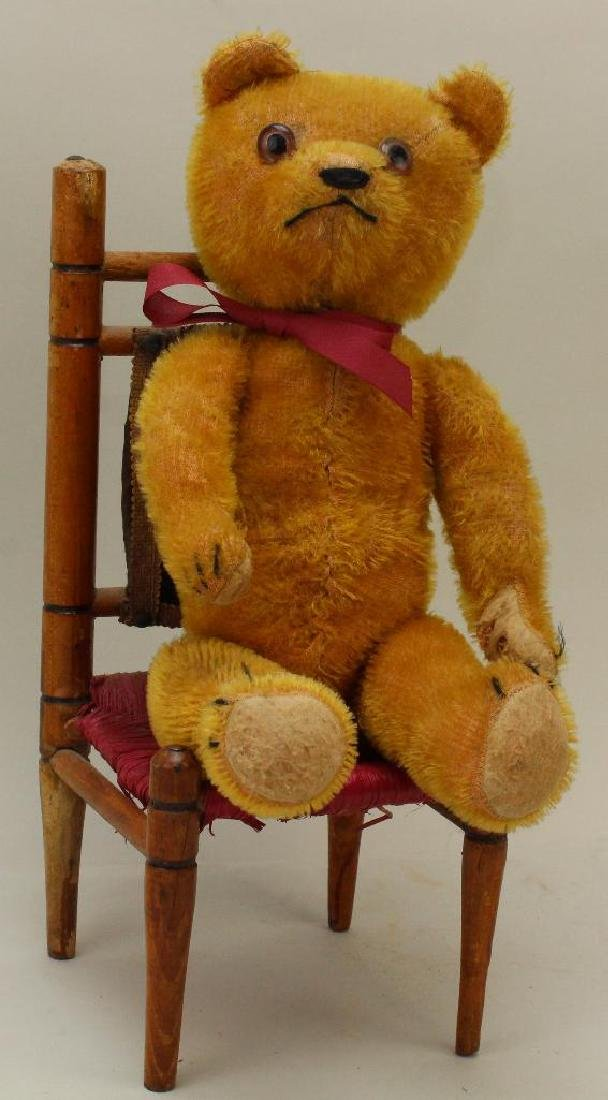 """LOT: 15"""" UNMARKED ANTIQUE MOHAIR BEAR & CHAIR."""