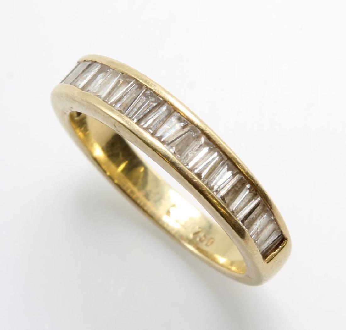 Ring. Diamond. 18K Yellow Gold