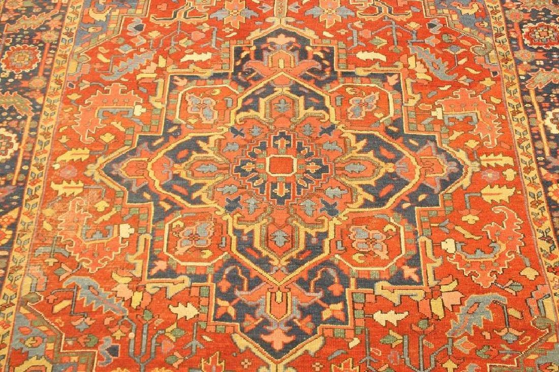 Heriz Carpet - 7