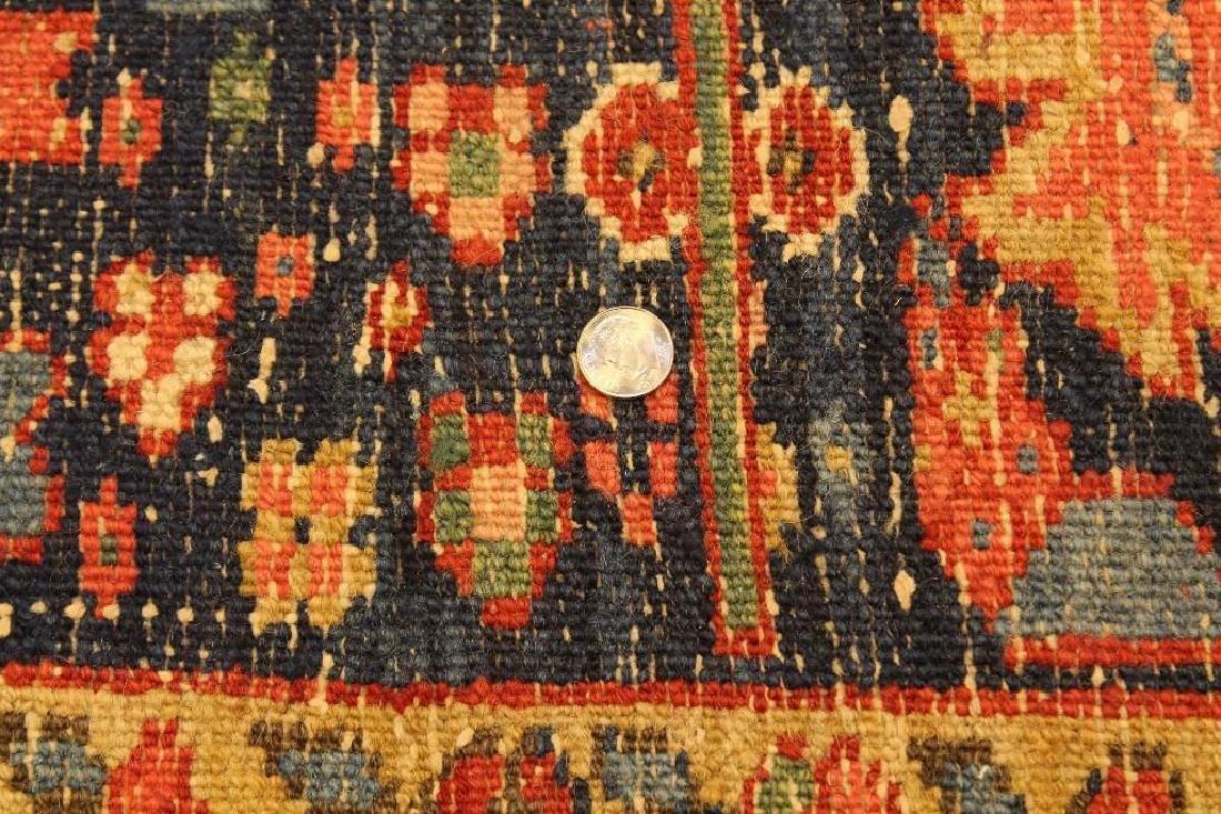 Heriz Carpet - 9