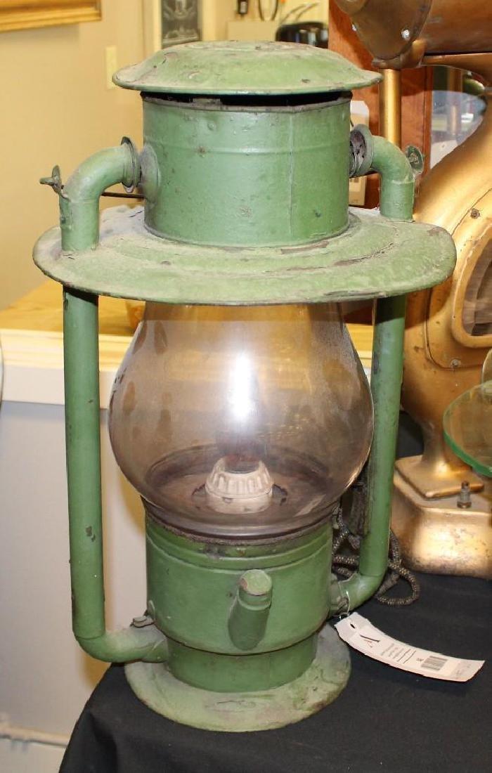 Pole Top Lantern