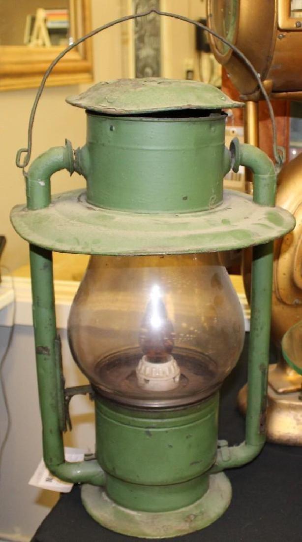 Pole Top Lantern - 2