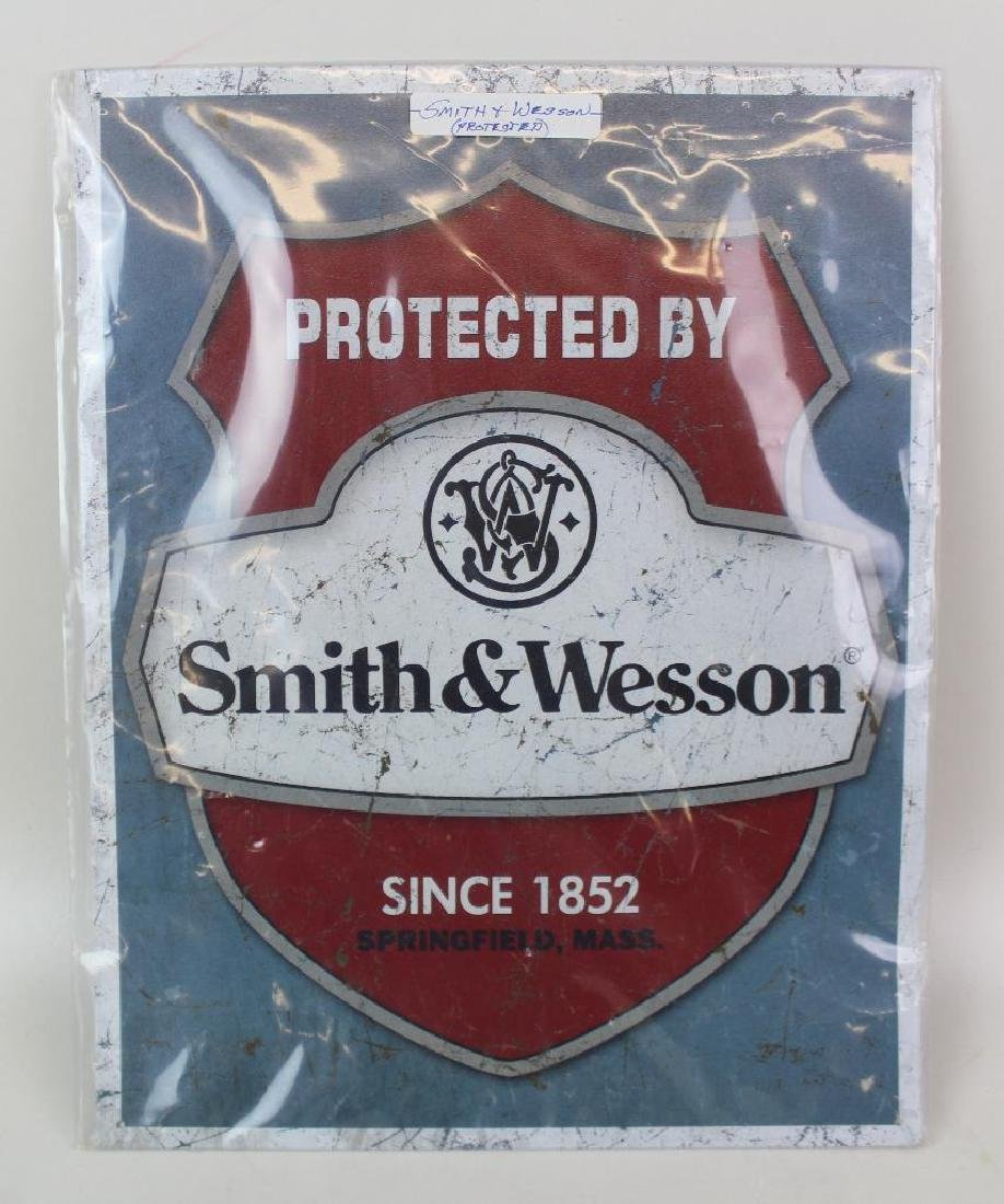 Metal Smith & Wesson Protected Advertising