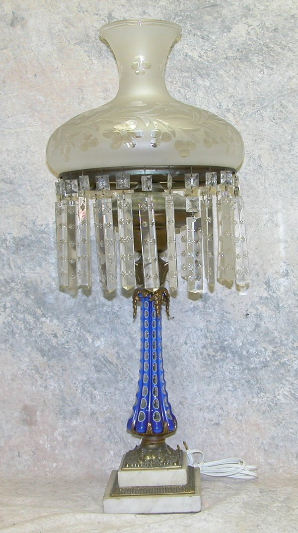 423: Overlay Glass Banquet Lamp.