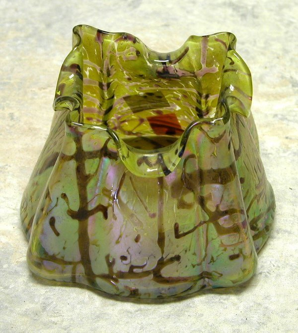 433: Art Glass Vase.