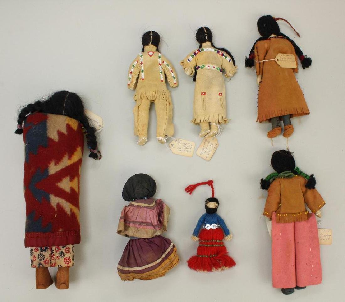 LOT OF NATIVE AMERICAN DOLLS. - 2