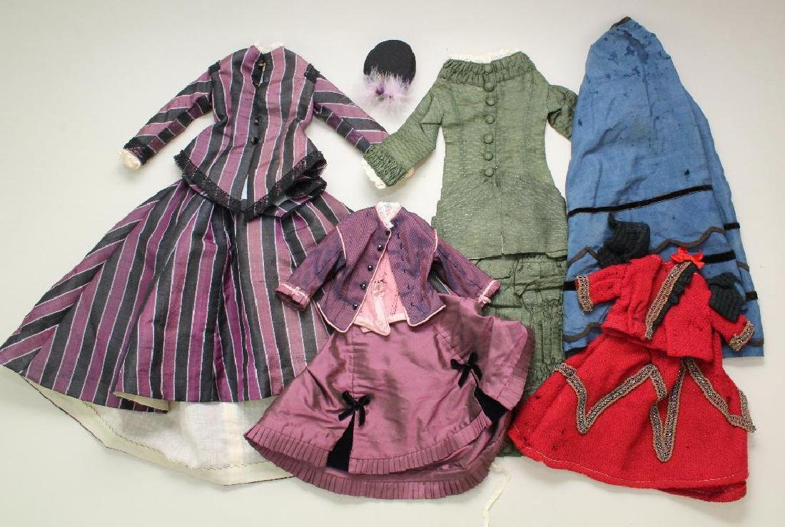 LOT OF ANTIQUE/REPRODUCTION DOLL CLOTHING.