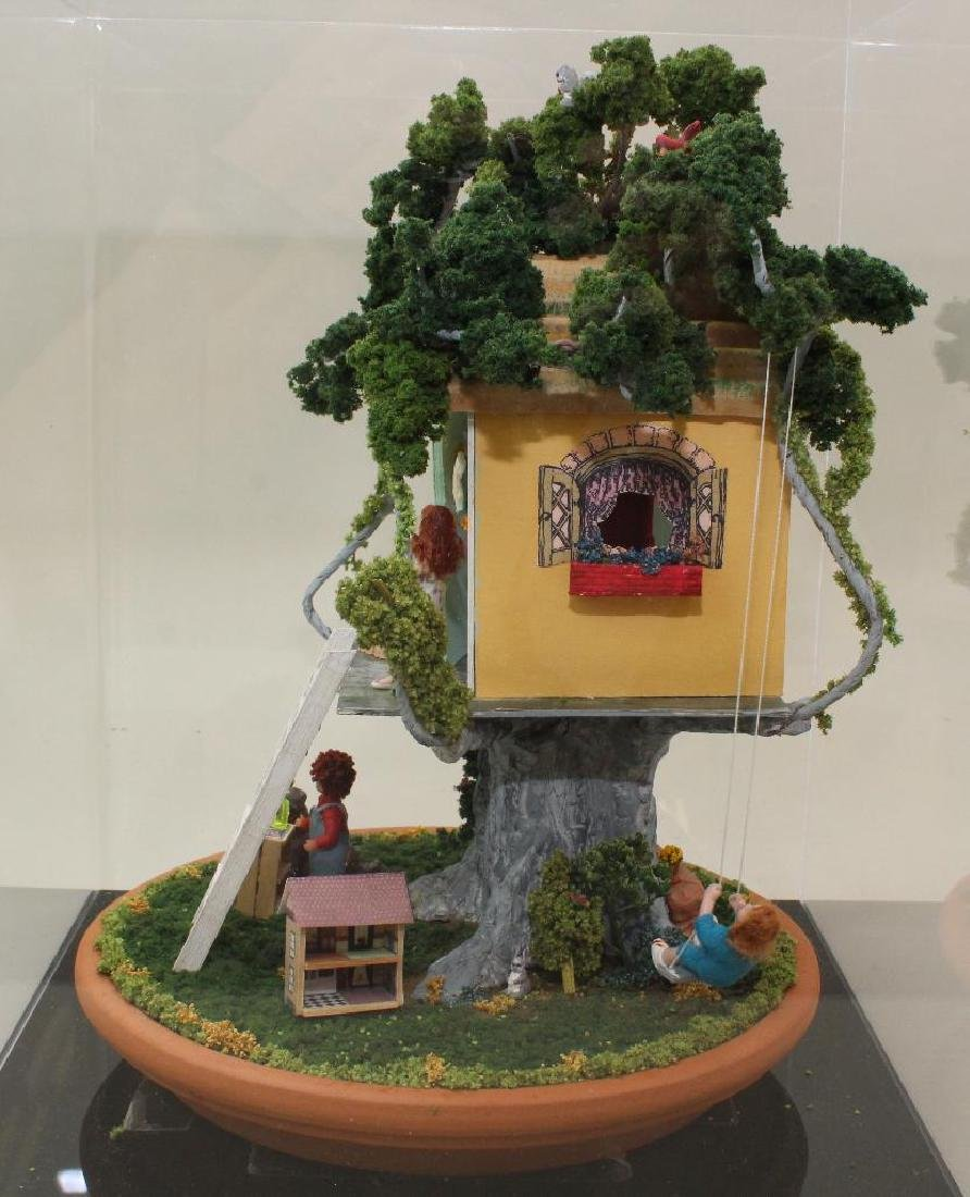 """MINIATURE TREE GIRL'S """"KLUB"""" HOUSE: FULLY FURNISHED. - 3"""