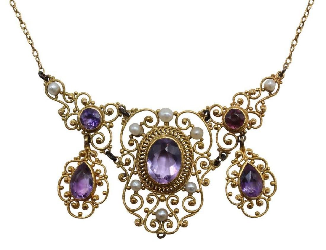 Necklace. Amethyst and Pearl. 14K Yellow Gold