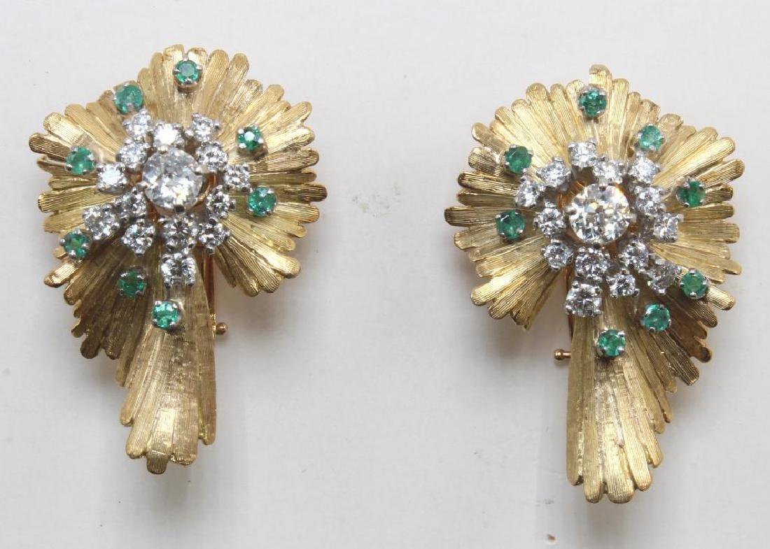 Earrings. Emerald and Diamond. 18K Yellow Gold