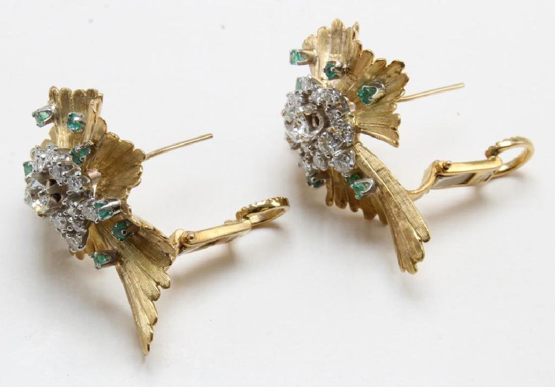 Earrings. Emerald and Diamond. 18K Yellow Gold - 2