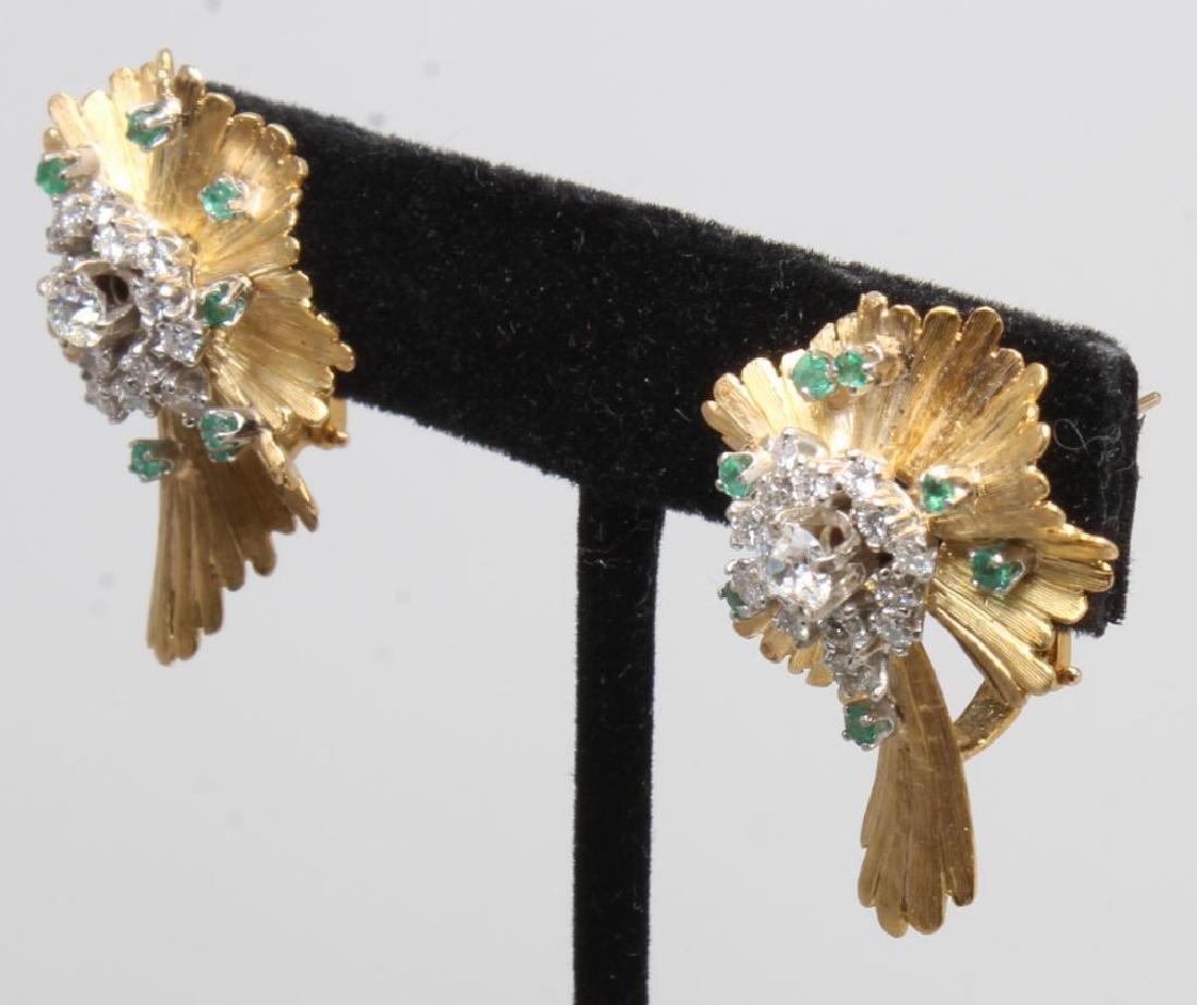Earrings. Emerald and Diamond. 18K Yellow Gold - 5