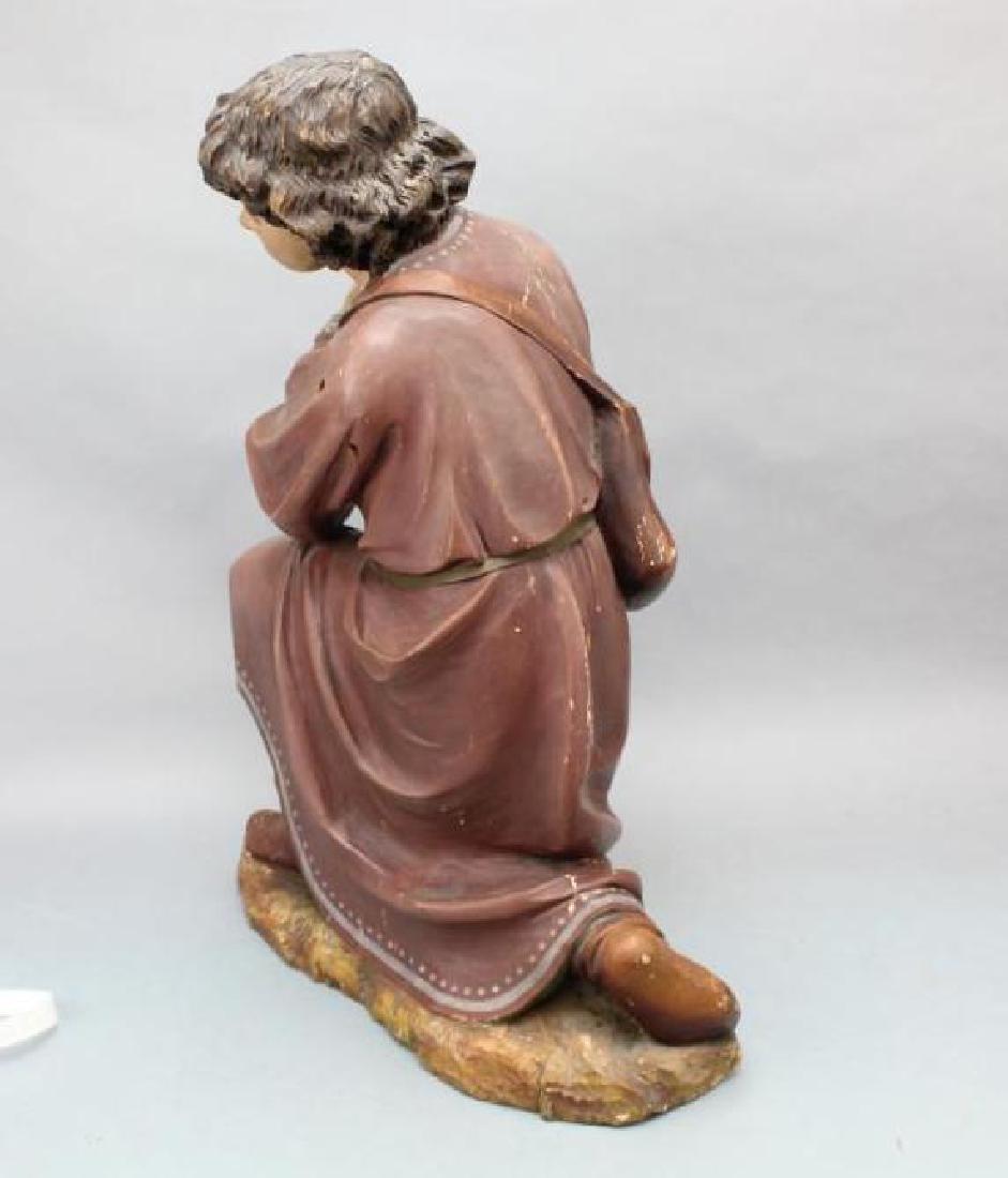 Kneeling Statue - 10