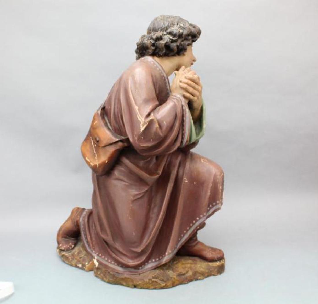 Kneeling Statue - 7
