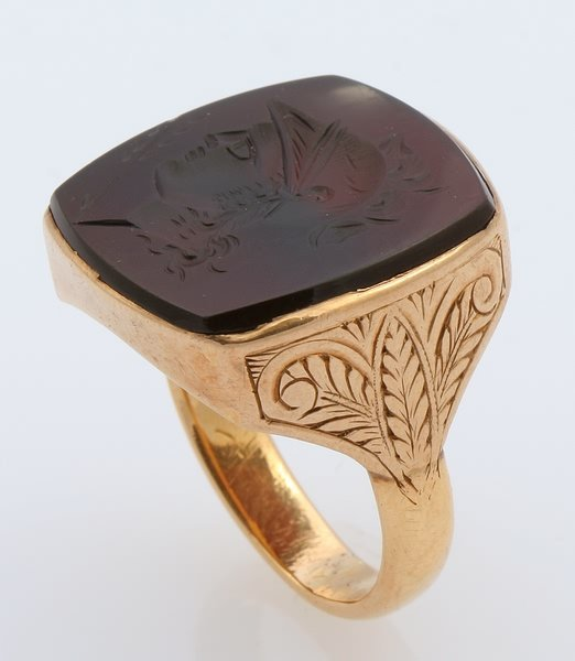 3254: Black Onyx Intaglio Ring