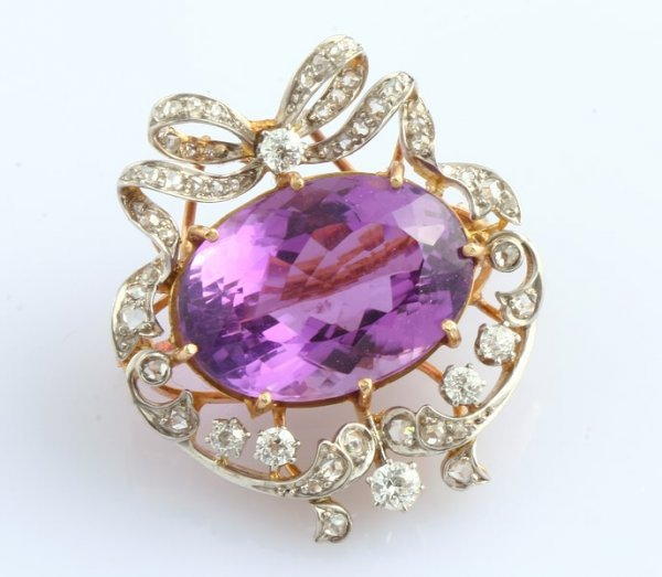 3239: Amethyst and Diamond Pin/Pendant