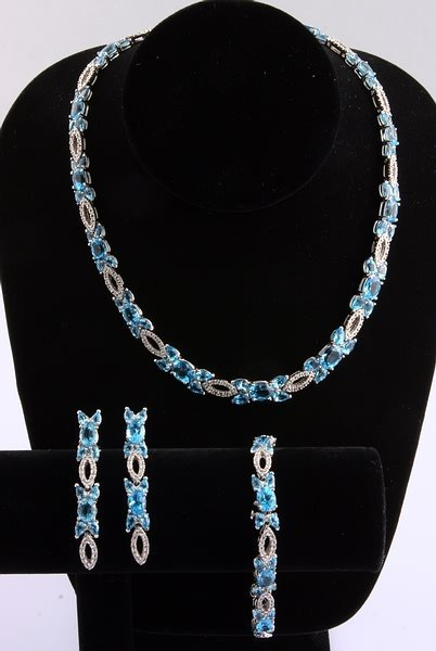 3245: Blue Topaz and Diamond Necklace, Earrings and Bra - 2