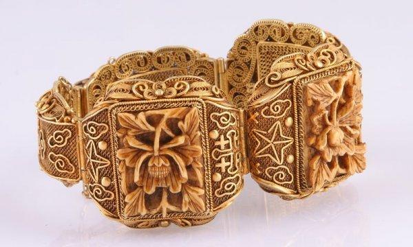 3249: Carved Bone Bracelet