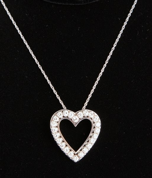 3263: Diamond Heart Pin/Pendant