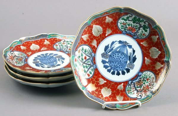 3498: Group of 12 Japanese Imari Octagonal Plates