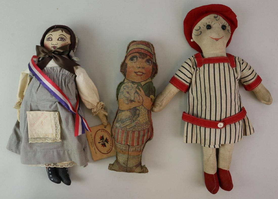 LOT OF CLOTH DOLL(S).