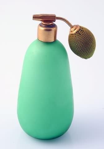 1016: Green Opaline Glass Atomizer
