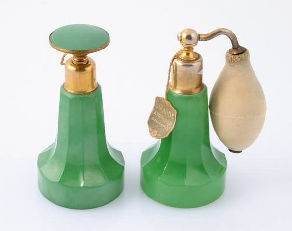 1019: Art Deco Green Flash Glass Perfume Bottle and Mat