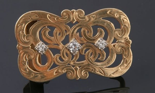 2285: Diamond Belt Buckle