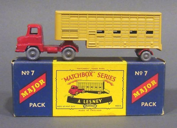 5005: Matchbox #7 Major Pack Cattle Truck, Gray Wheels