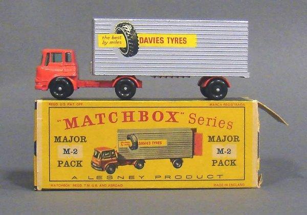 5007: Matchbox M-2 Major Pack Davies Tyres Truck