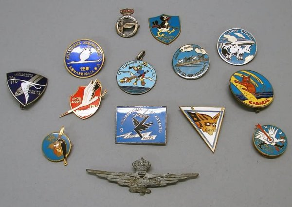2037: Grouping of World War II Italian Aviation Badges/
