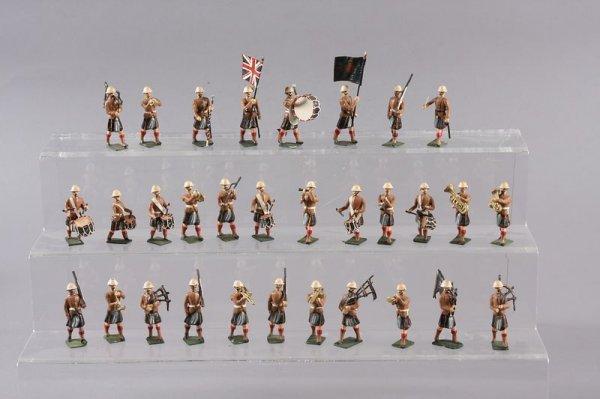 2004: Military Miniatures