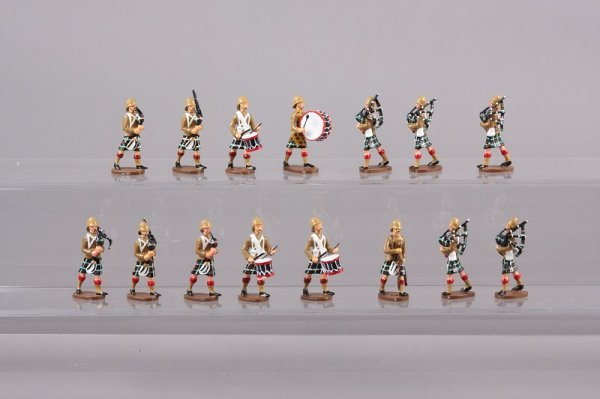 2009: Military Miniatures