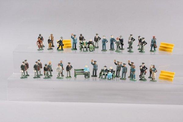 2018: Toy Miniature Civilians