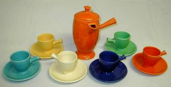 7005: 13 pieces, Fiesta Demitasse Pot, Cups and Saucers