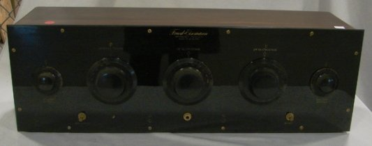 1014: FreedEisemann Model NR20 Radio Receiver