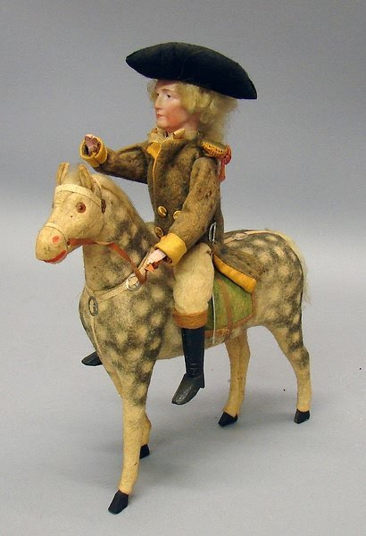 "5004: 11"" G Washington Sitting On Horse Candy Container"