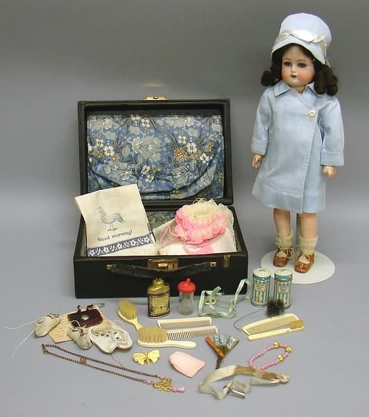 "5017: 14"" S&H K*R 34 Flapper Doll with Suitcase"