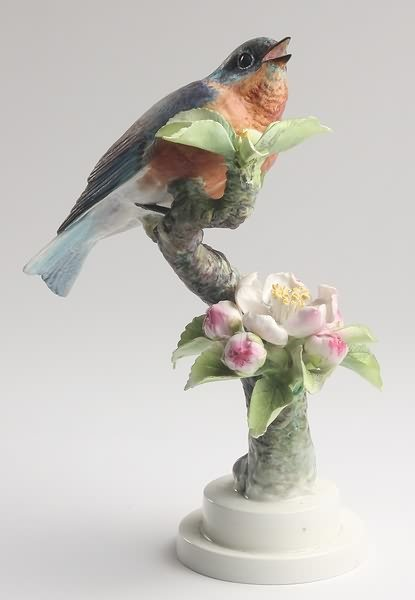 2006: Dorothy Doughty Bluebird Hen with Apple Blossom