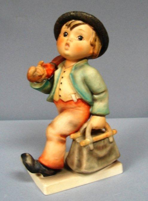 8796: Hummel Figure-Merry Wanderer #7 Size I TMK3