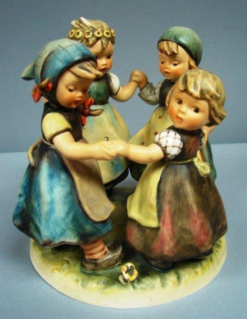 8797: Hummel Figure-Ring Around the Rosie #348 TMK3