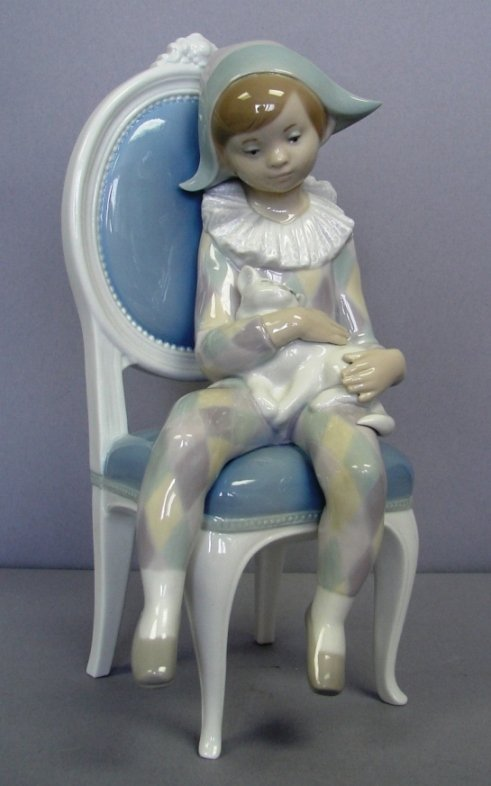 "8814: Lladro Figure-Young Harlequin #G1229, 9.75"" Ret."