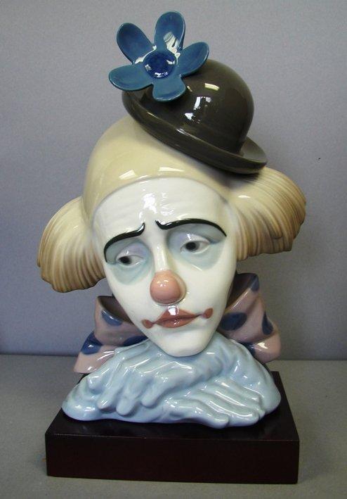 """8816: Lladro-Pensive Clown w/ base #G5130, 9.75"""" Ret."""