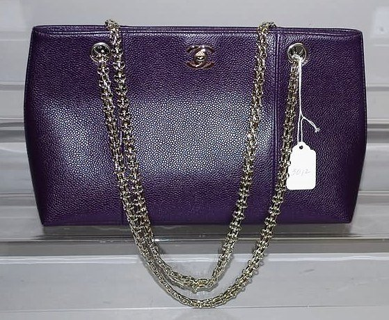3012: Chanel Purple Pigskin Handbag w/ Silver Chain