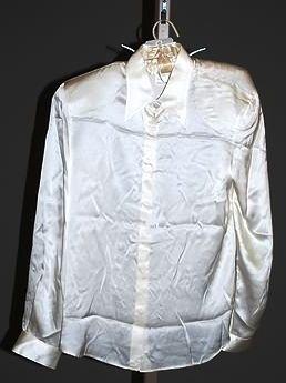 3943: Giorgio Armani Ivory Silk L-Sleeve Blouse (12)