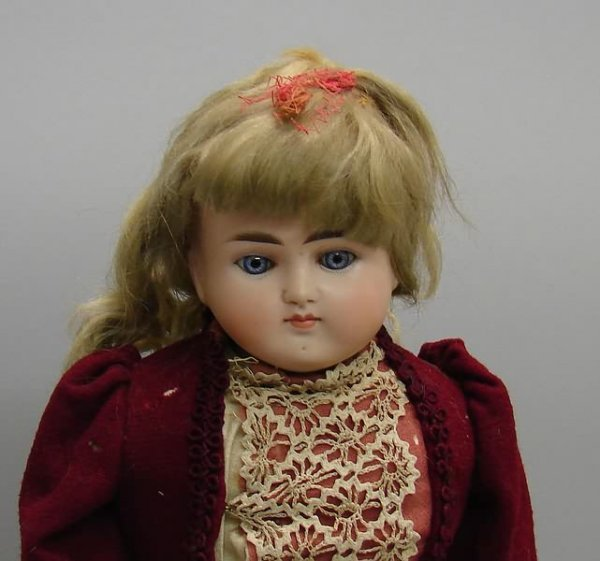 "7009: 20"" 639 8 Turned Solid Dome Doll/Bisque, German"